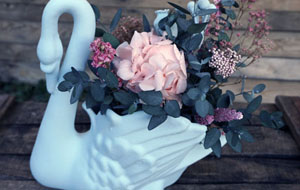 Cisne con flores Quarzo Serenity Promo