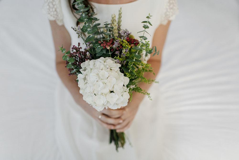 Ramos de novia naturales archivos flores en el columpio - Cuidados de una hortensia ...