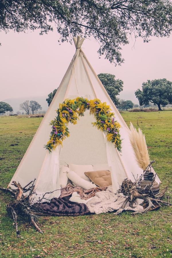 Decoración de bodas estilo apache