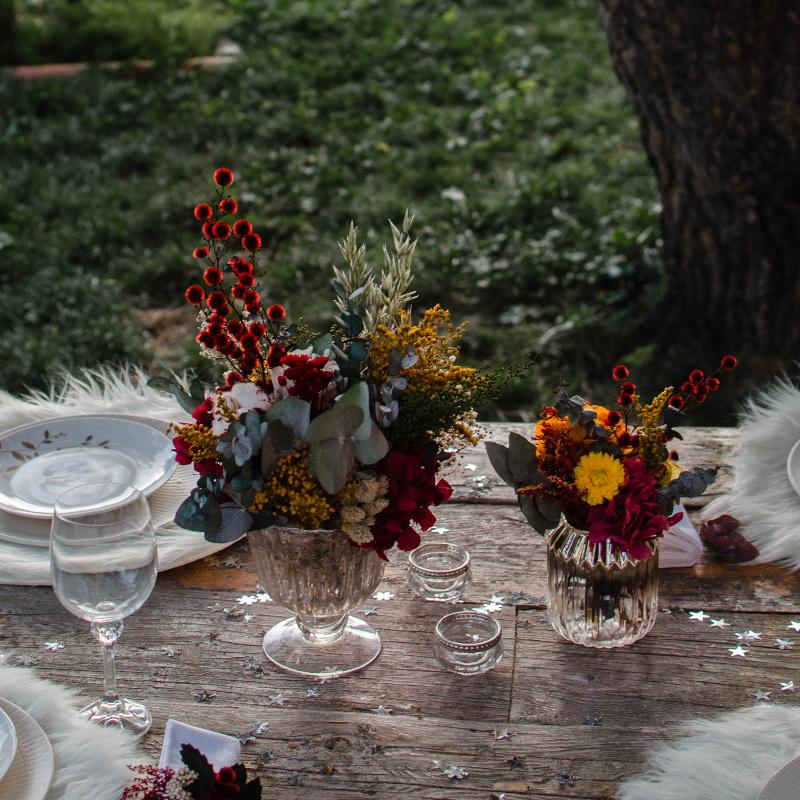Decoración de navidad con flores preservadas
