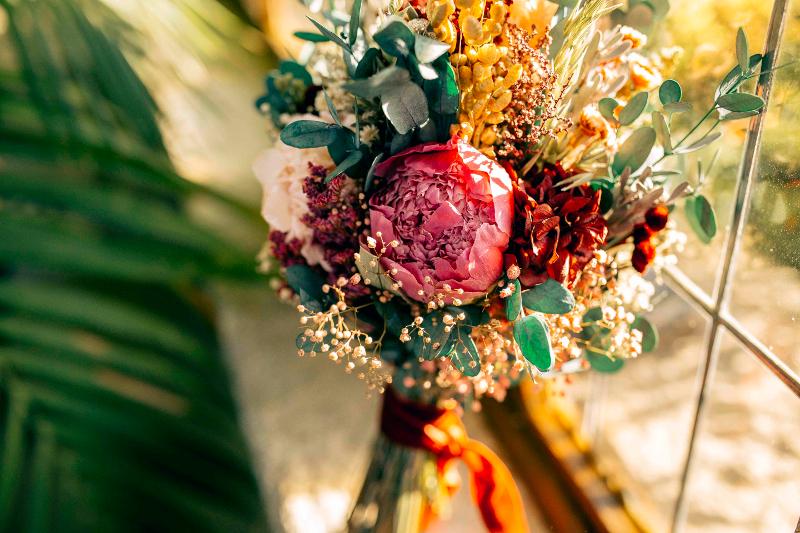 Ramo de invierno para editorial Sweet Bride