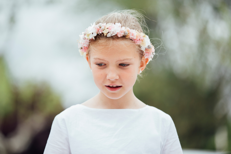 Coronas y tocados de flores para niñas