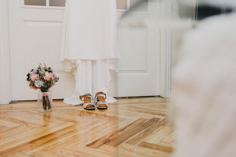 Ramo de novia en tonos pastel con flores preservadas