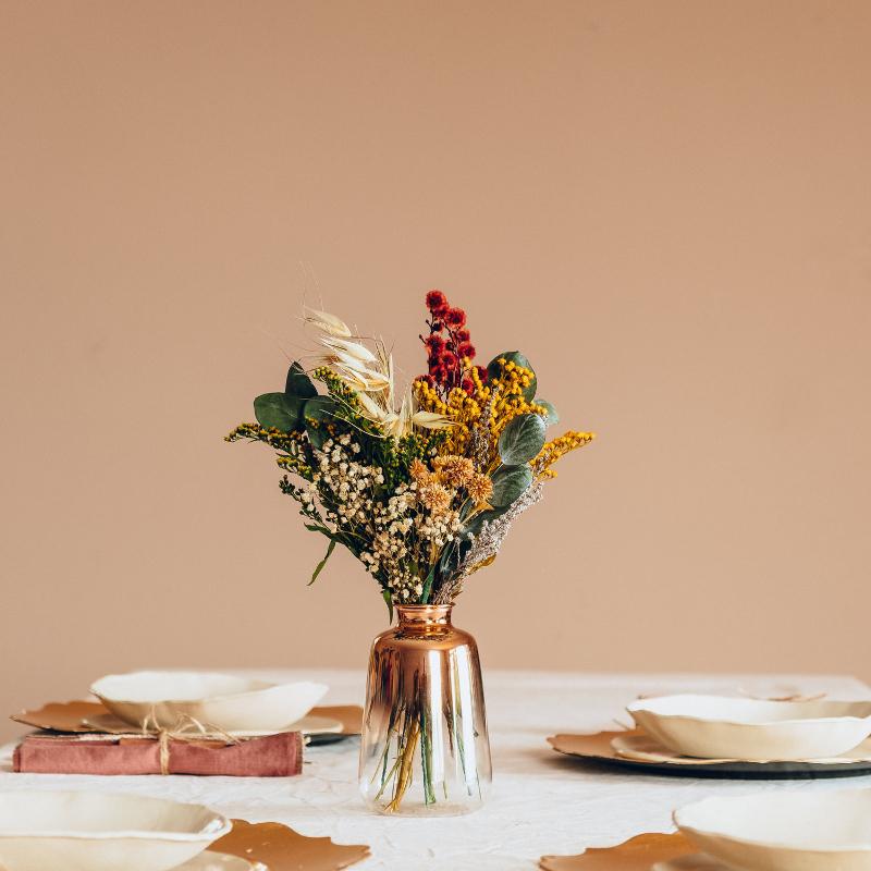 Jarroncito de flores preservadas