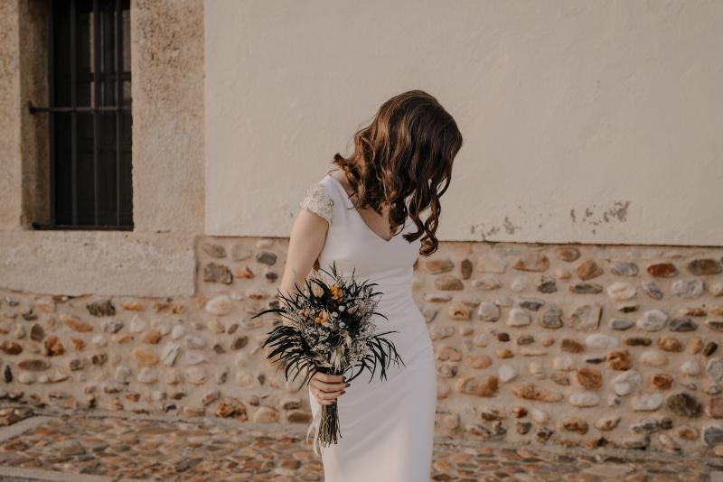 Marta, la novia del ramo campestre 3
