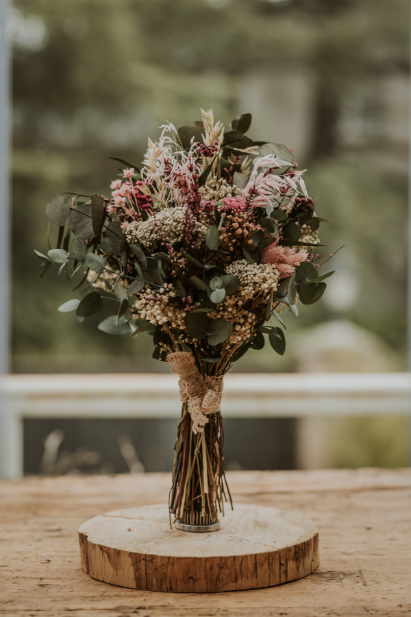 Ocho modelos de ramos de flores preservadas 13