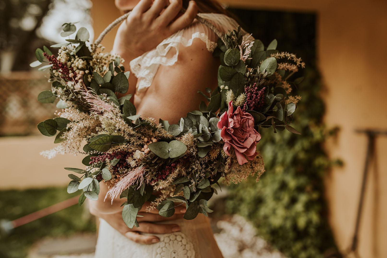 Hoop bouquet preservado novias