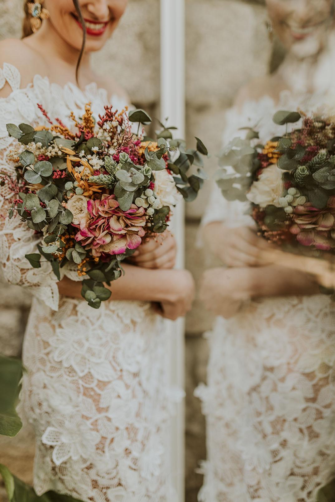 Ramo romántico preservado para novias