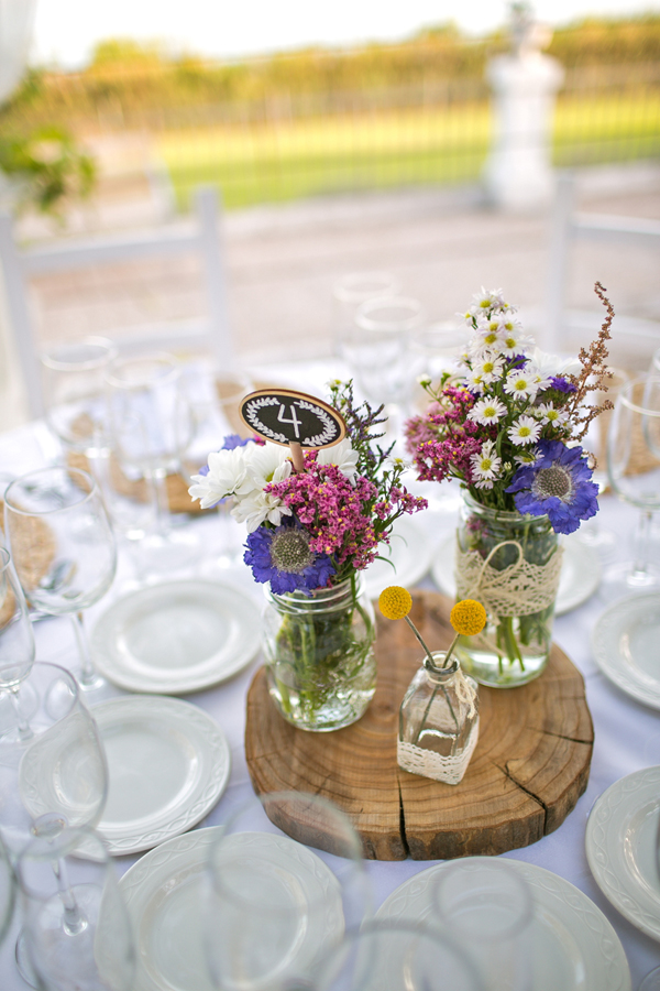 Centros de mesa de flores silvestres - Flores en el Columpio