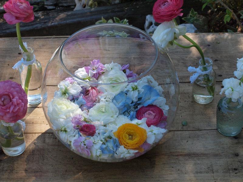 Flores en una pecera flores en el columpio - Peceras pequenas decoradas ...