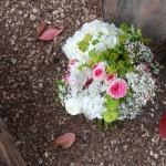 Ramo de novia con una hortensia blanca